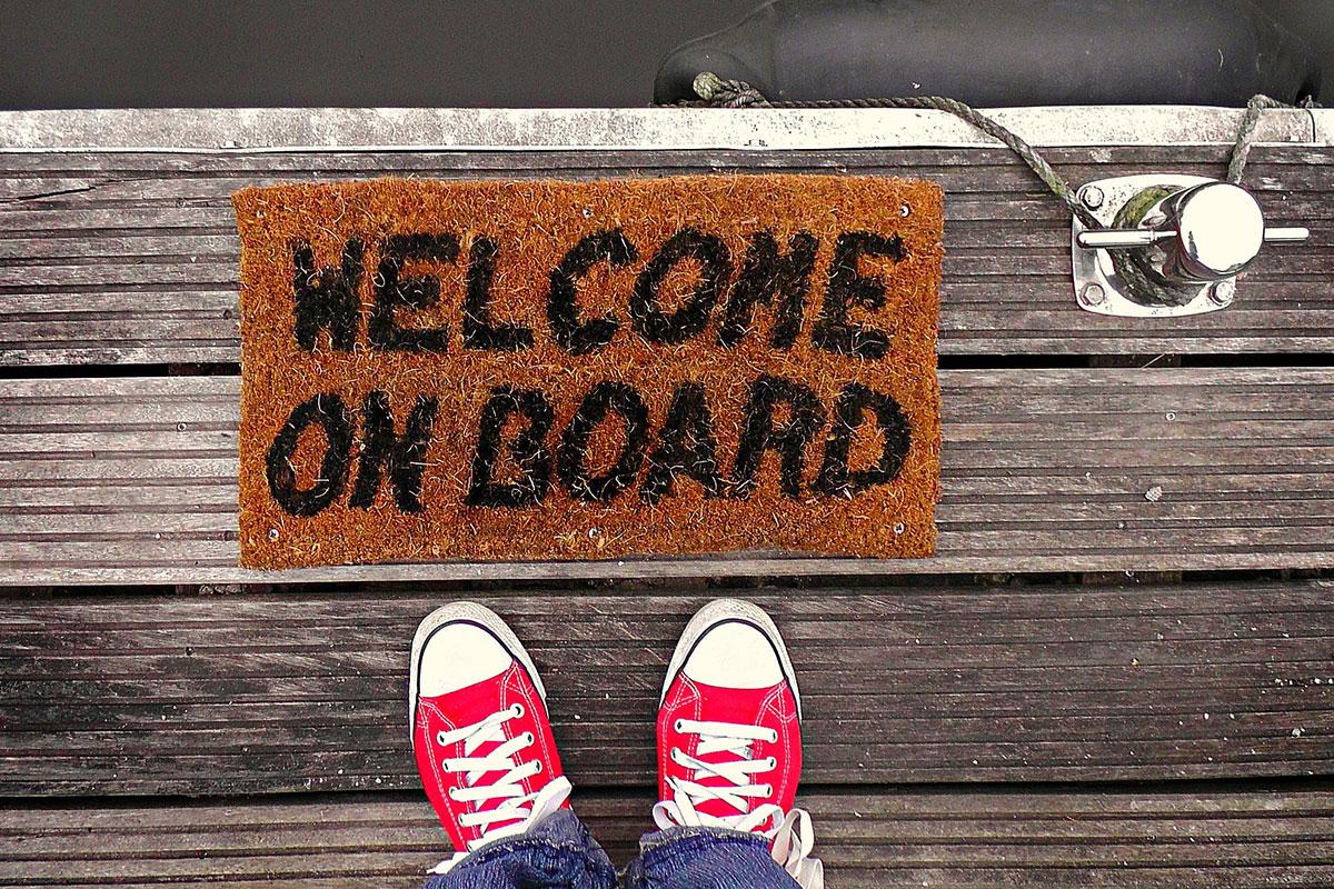 """Foto einer Fußmatte mit dem Schriftzug """"Welcome on Board"""""""